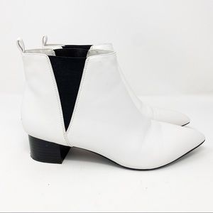 Nine West white leather heel ankle booties 10